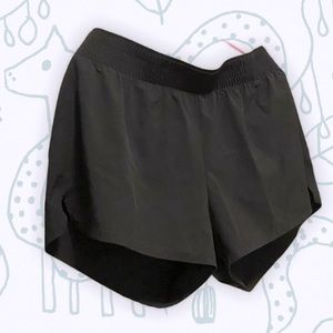 Gap Fit Shorts - Light and drywick